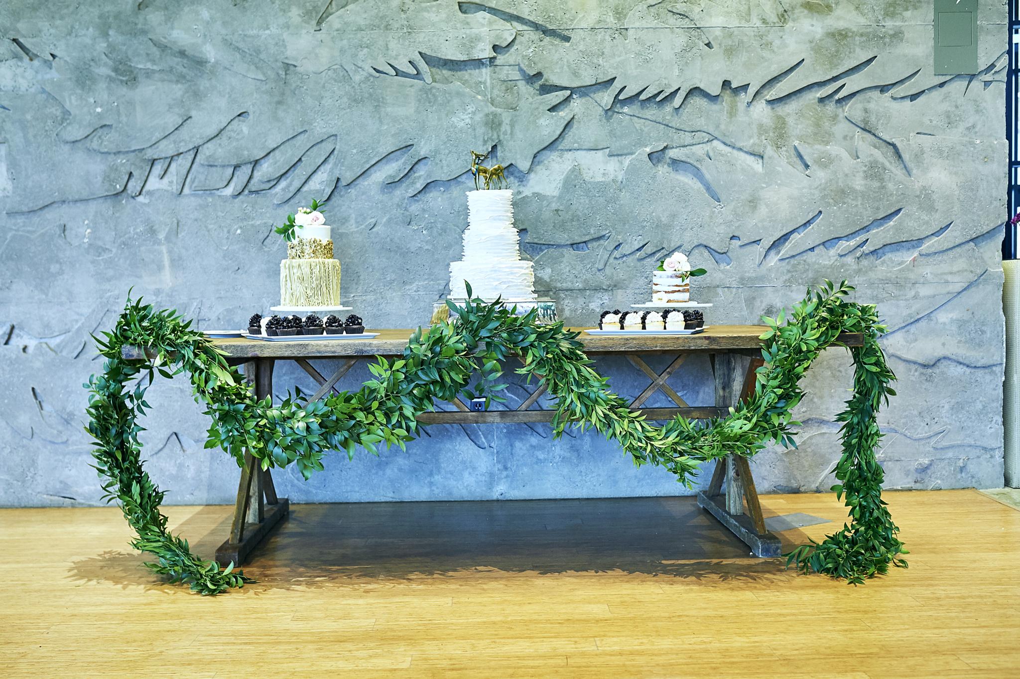 Destination Wedding Cake Table